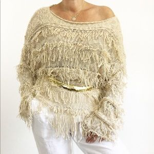 Sweaters - Super cool oversized Fringed Knit Sweater